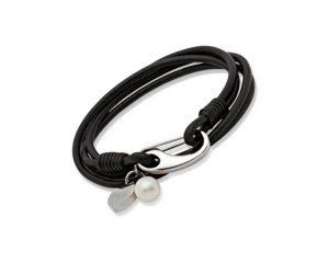 womens-leather-bracelet_B67BL_01_640x426