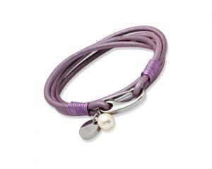 womens-leather-bracelet_B67LY_01_640x426