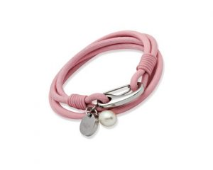 womens-leather-bracelet_B67PI_01_640x426
