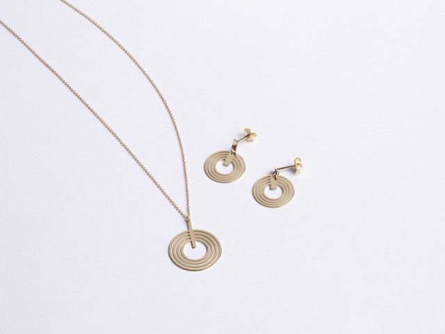 18ct Gold Paris Collection by Nichelle Jewellery